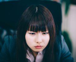 20代女性は絶対に正社員になったほうがいい。派遣社員や契約社員でいることのリスクをしっておこう。